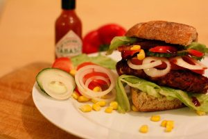 Rezept veganer Westernburger mit BBQ Soße
