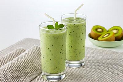 Kiwi Smoothie mit der Zespri Frucht