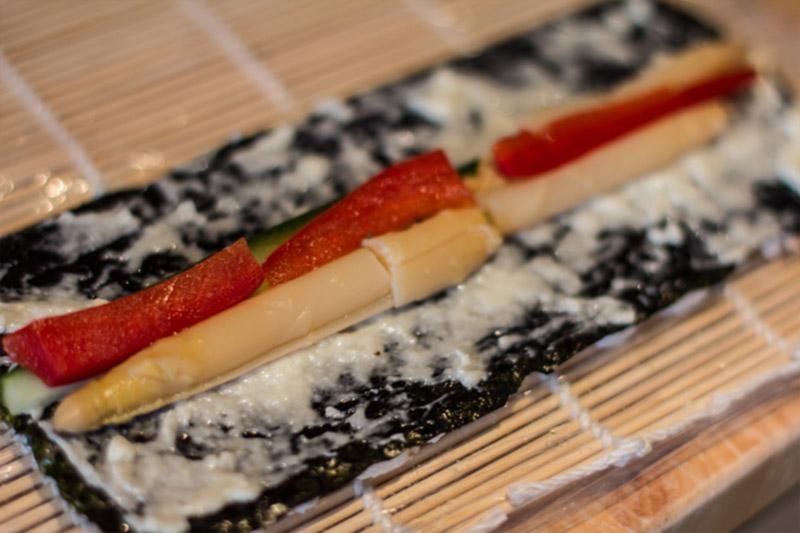 Veganes Sushi California Rolls Zubereitung