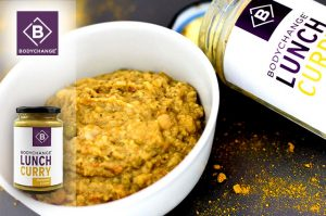 Schnelles gesundes Mittagessen mit dem Curry Lunch BodyChange