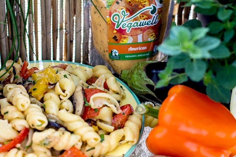 Nudelsalat mit Grill-Gemüse