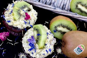 Schoko-Muffin mit Kiwi-Frosting