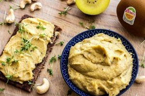 Kiwi-Curry-Brotaufstrich Rezept vegan