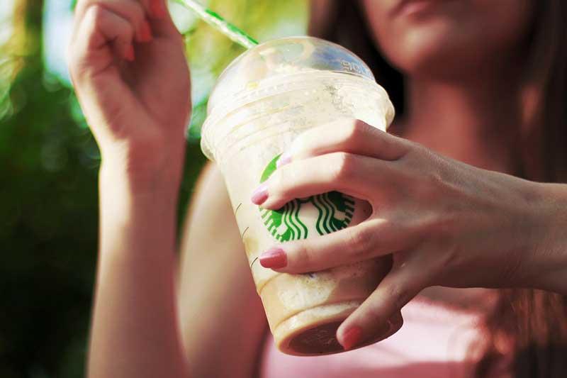 Starbucks Plastik-Strohhalme