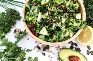 Fruchtiger Grünkohlsalat(Rohkost)