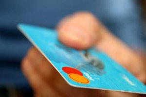Mikroplastik Kreditkarte