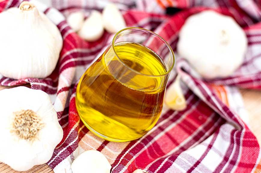 Knoblauchöl selber machen