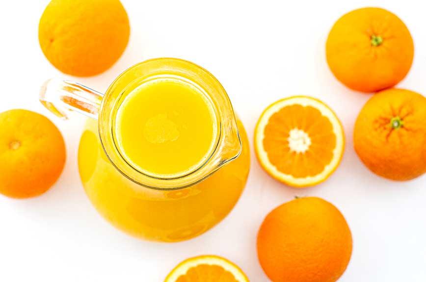 frisch gepresster Orangensaft selber machen