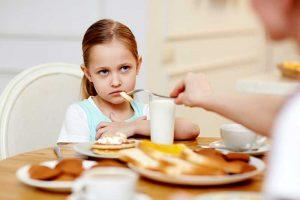 Eltern sind mit schuld an den Essstörungen ihrer Kinder