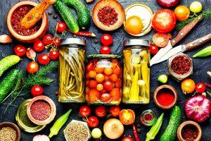 Einkochen: Temperatur und Dauer verschiedener Obst- und Gemüsesorten