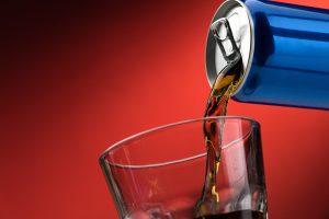 Getränke: Süßstoff ist nicht gesünder als Zucker
