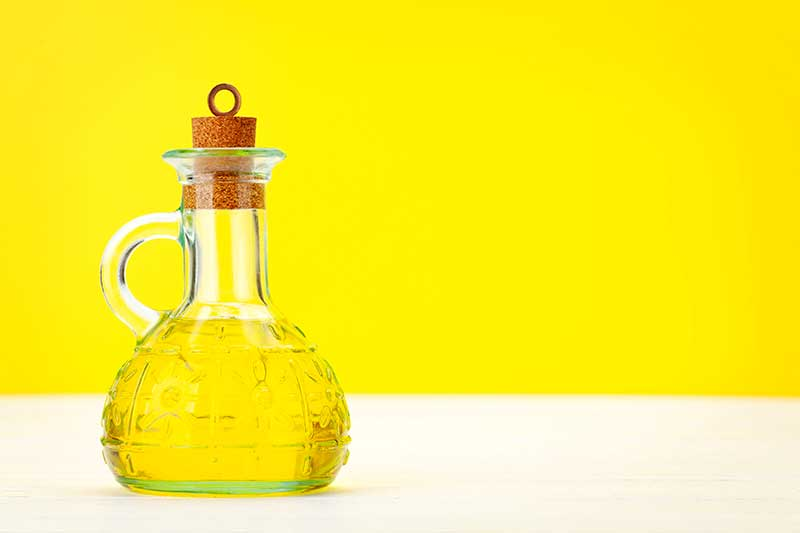 4 wertvolle Öle, die jeder zu Hause haben sollte